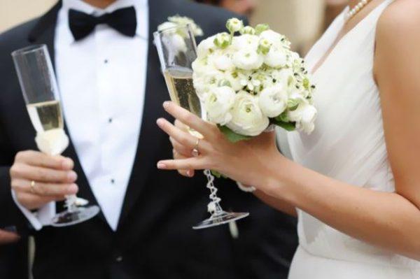 Via libera ai matrimoni in Campania. Organizza in sicurezza il tuo ricevimento.